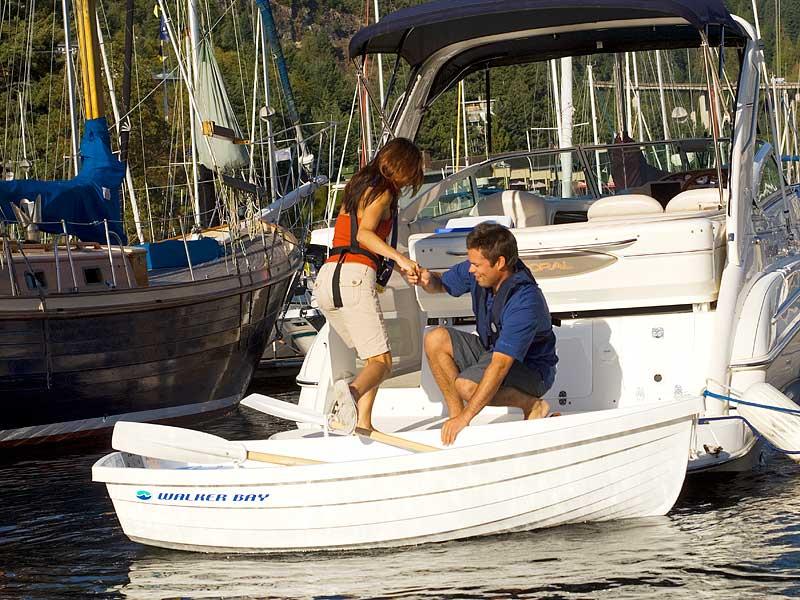 Продаем лодку walker bay 8 написать по поводу товара продаем лодку walker bay 8